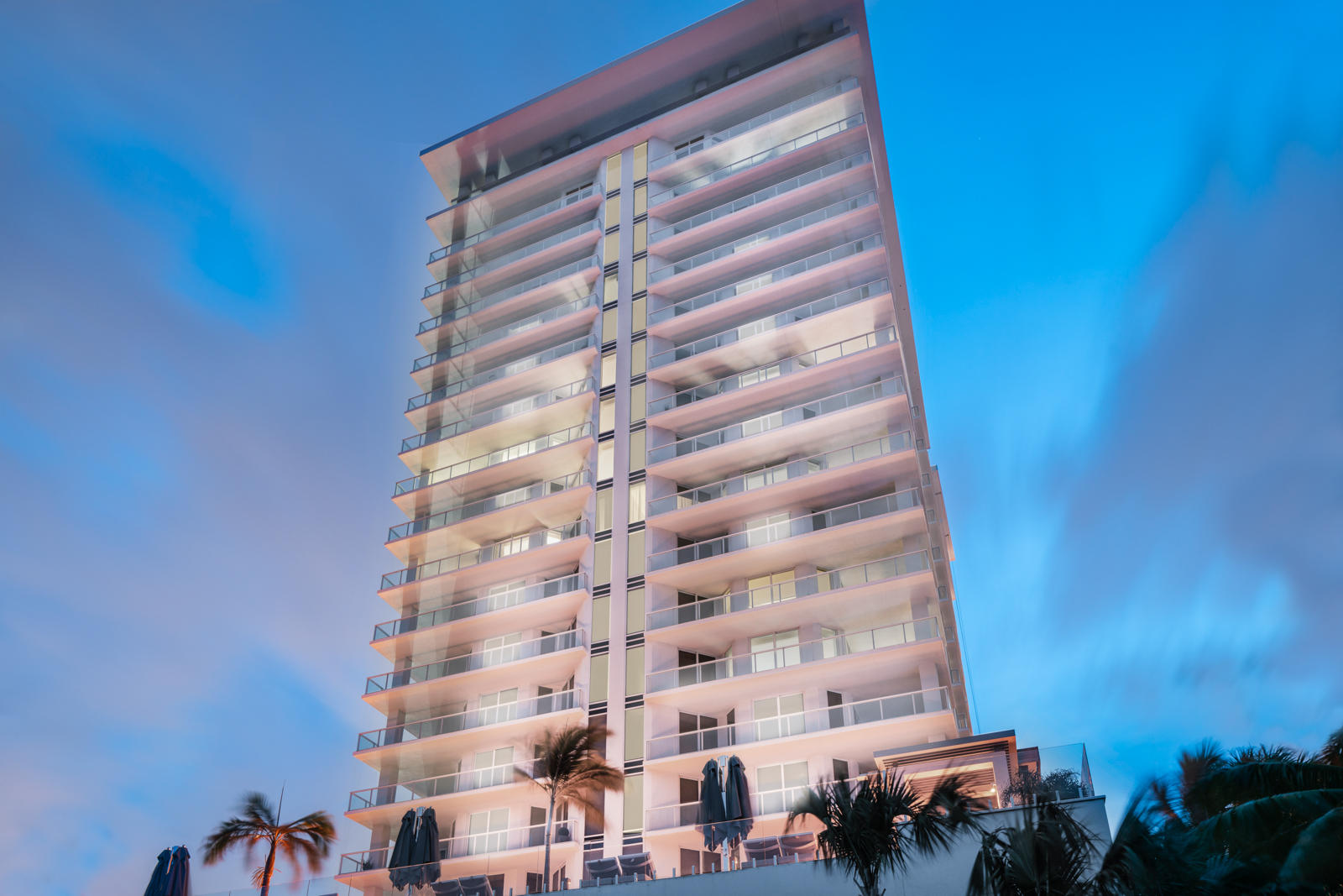 Click for 3730 N Ocean Drive #ph E slideshow