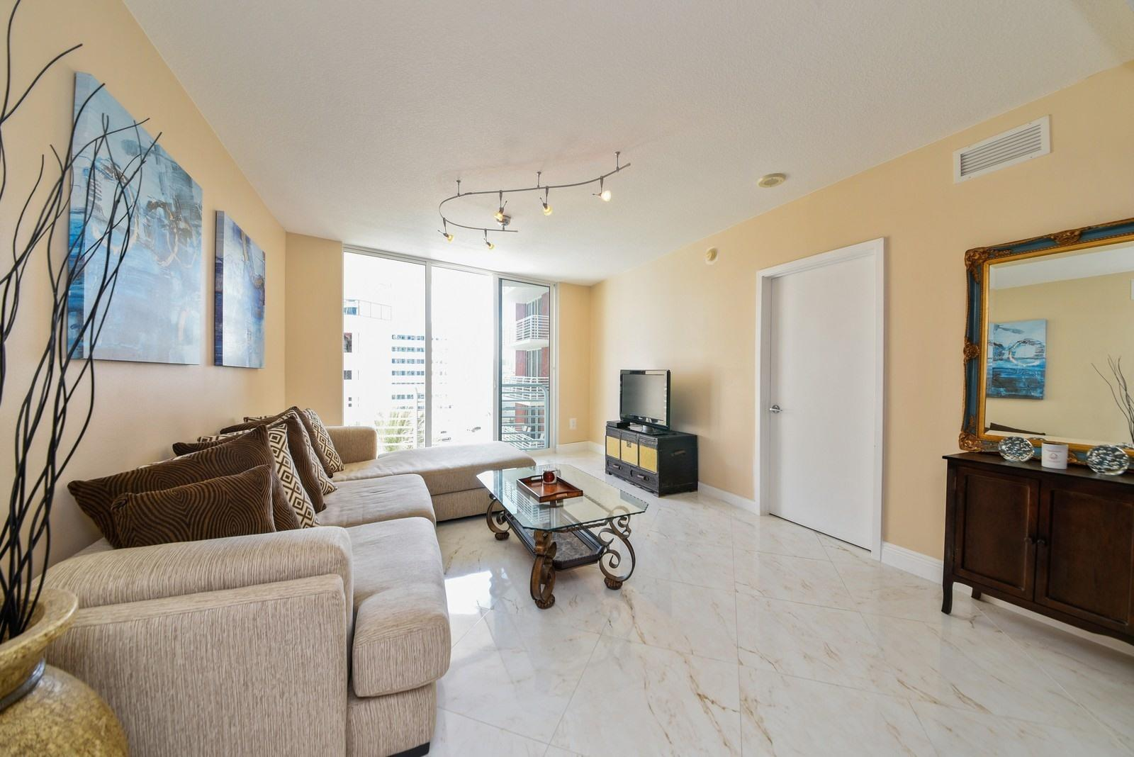 Photo of 1551 N Flagler Drive #814