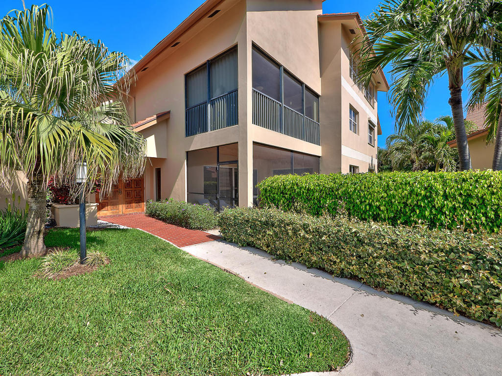 Beachcomber Jupiter Condos & Real Estate For Sale | Jeff ...