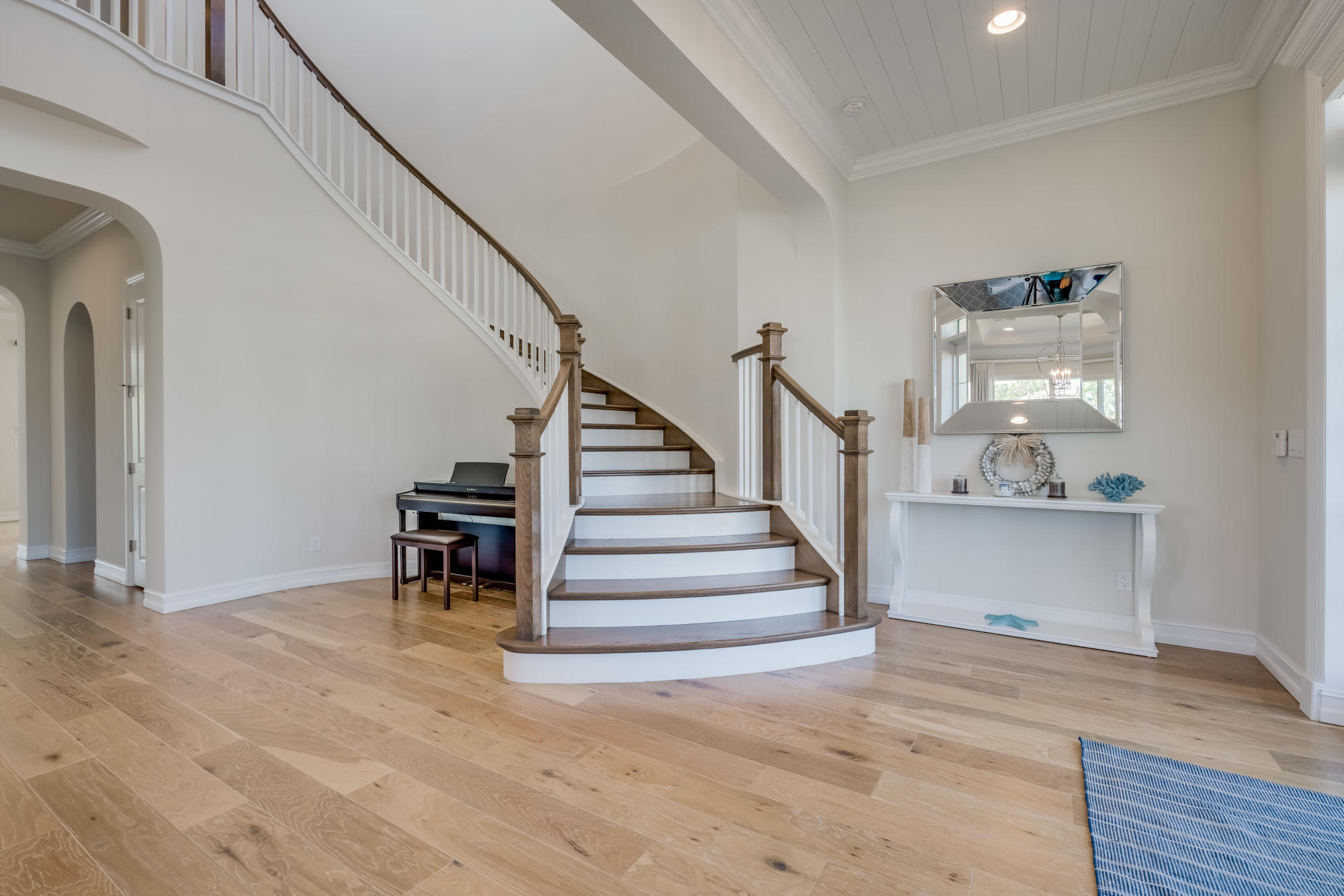 Click for 8336 Se Red Root Way  slideshow