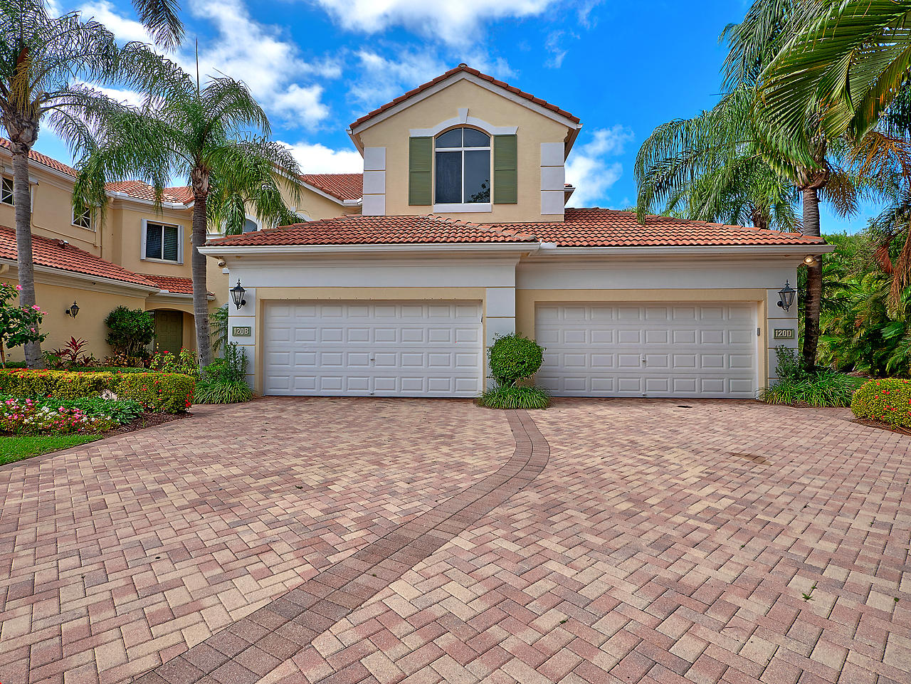 Photo of 120 Palm Bay Drive #d