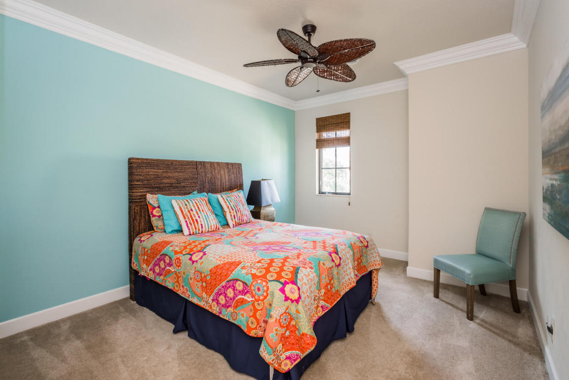 Click for 159 Remo Place  slideshow