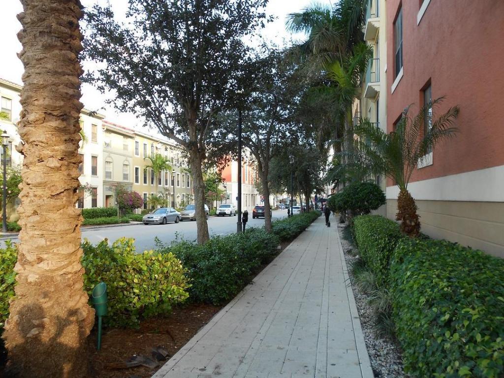 Photo of 630 S Sapodilla Avenue #123