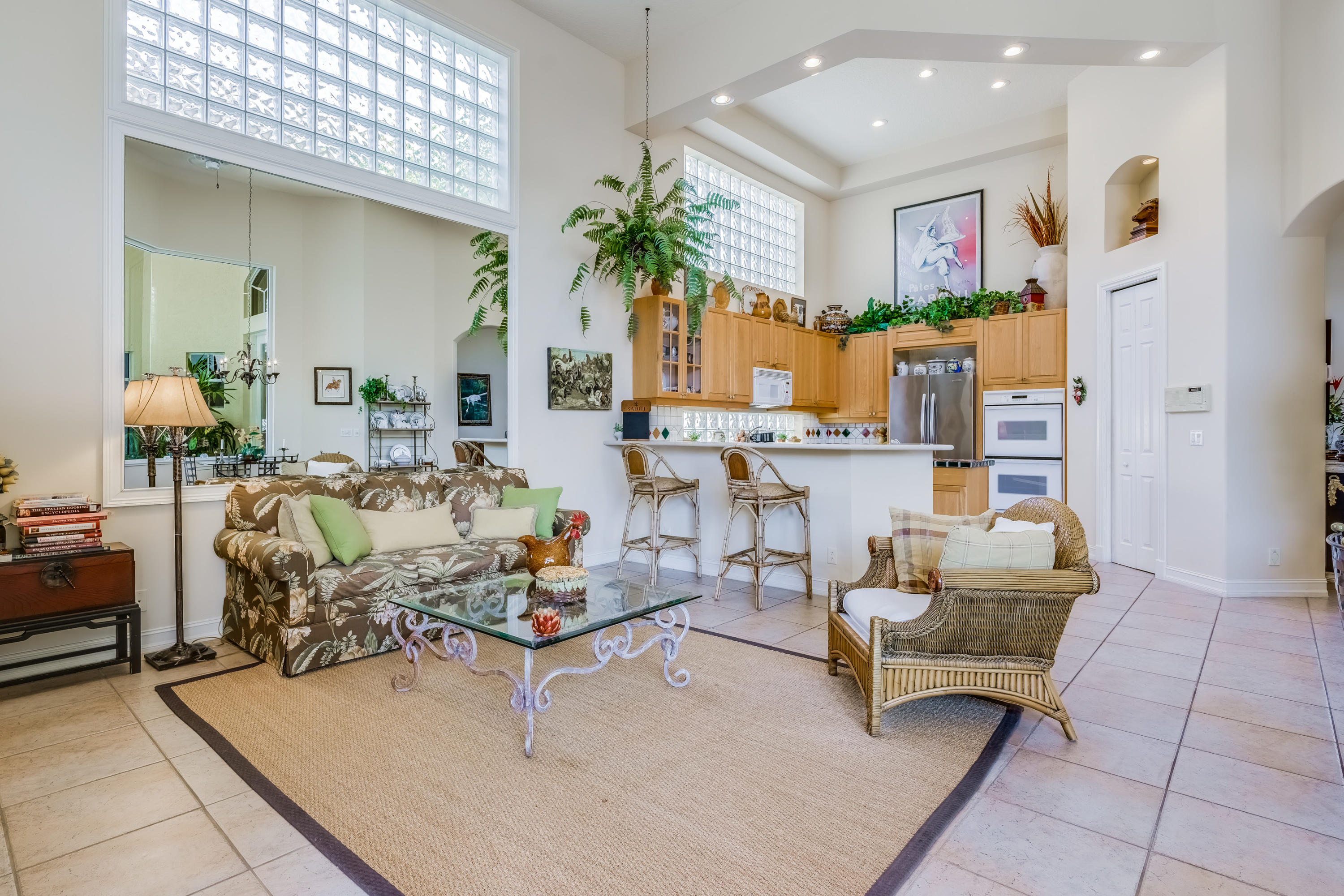 Click for 1134 Grand Cay Drive  slideshow