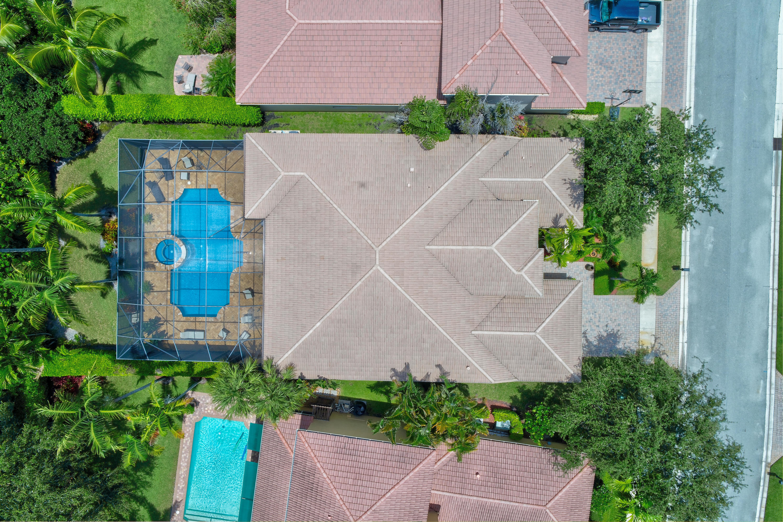Click for 163 Sedona Way  slideshow