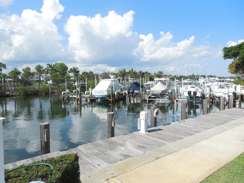 Photo of 518 Oak Harbour Drive