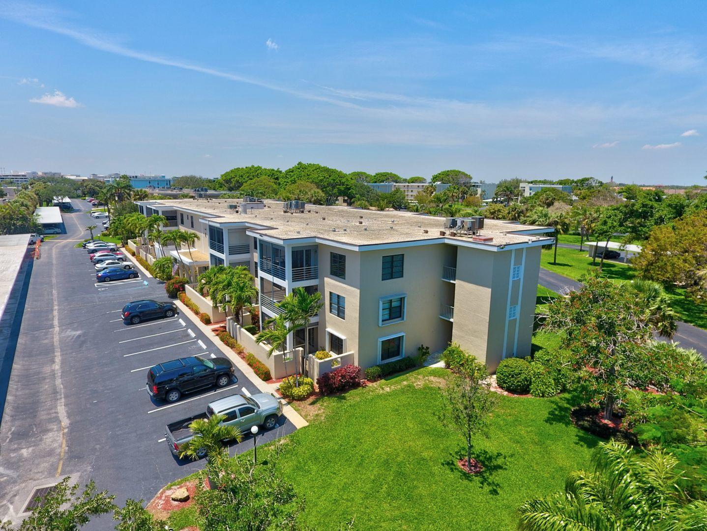 Photo of 300 N Highway A1a  #106e