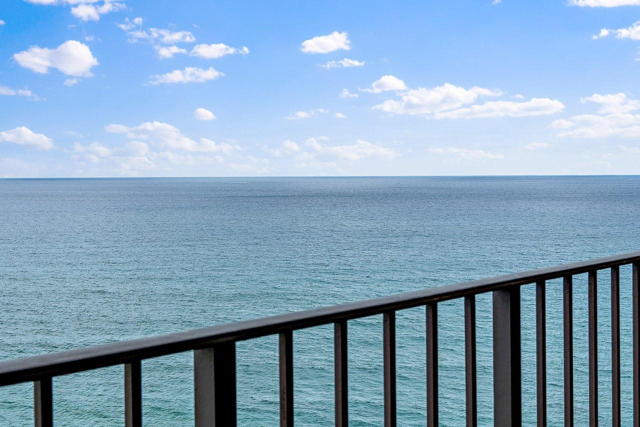 Photo of 5420 N Ocean Drive #1703