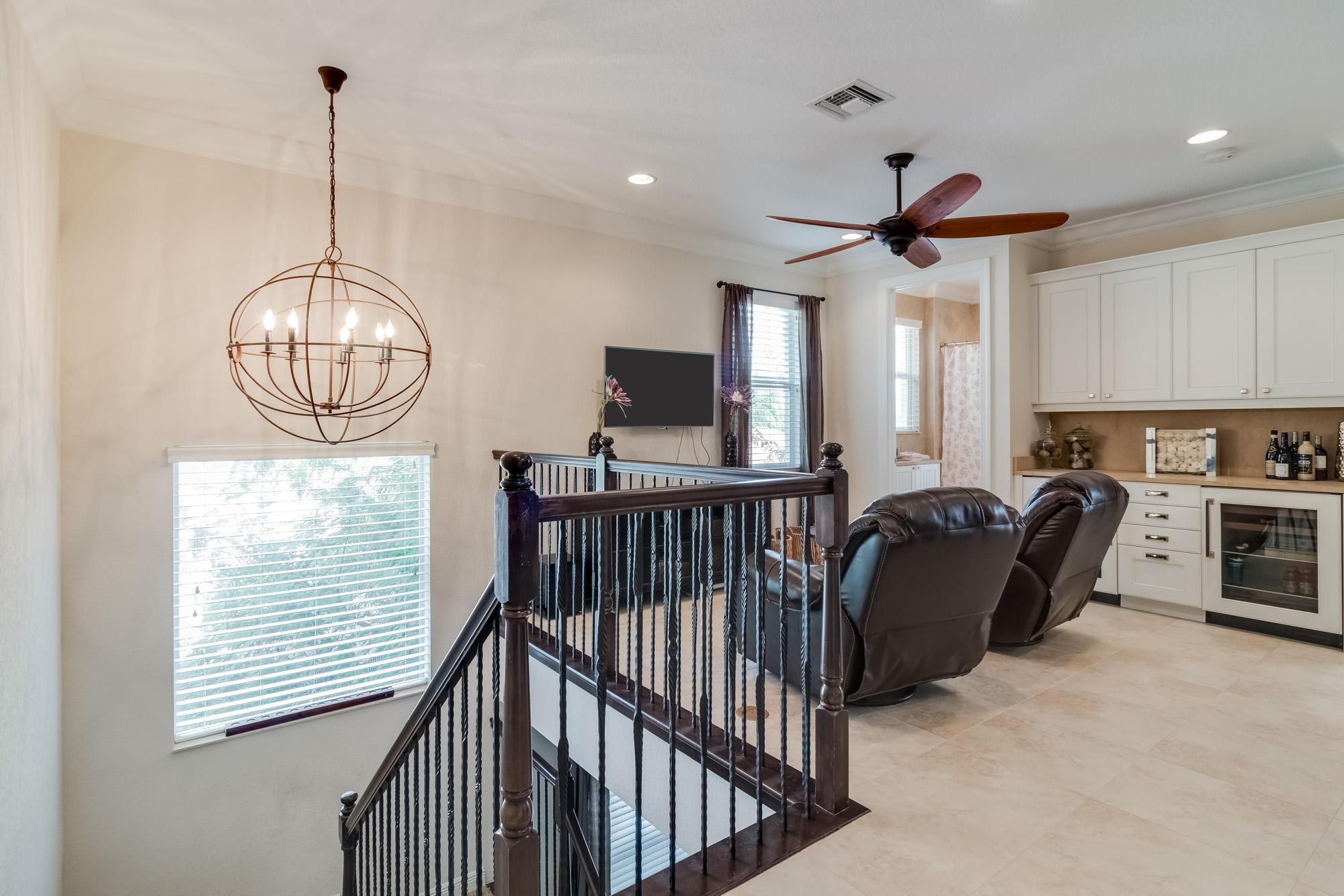 Click for 12265 Aviles Circle  slideshow