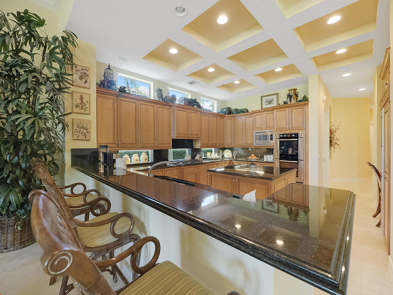 Click for 106 Grand Palm Way  slideshow
