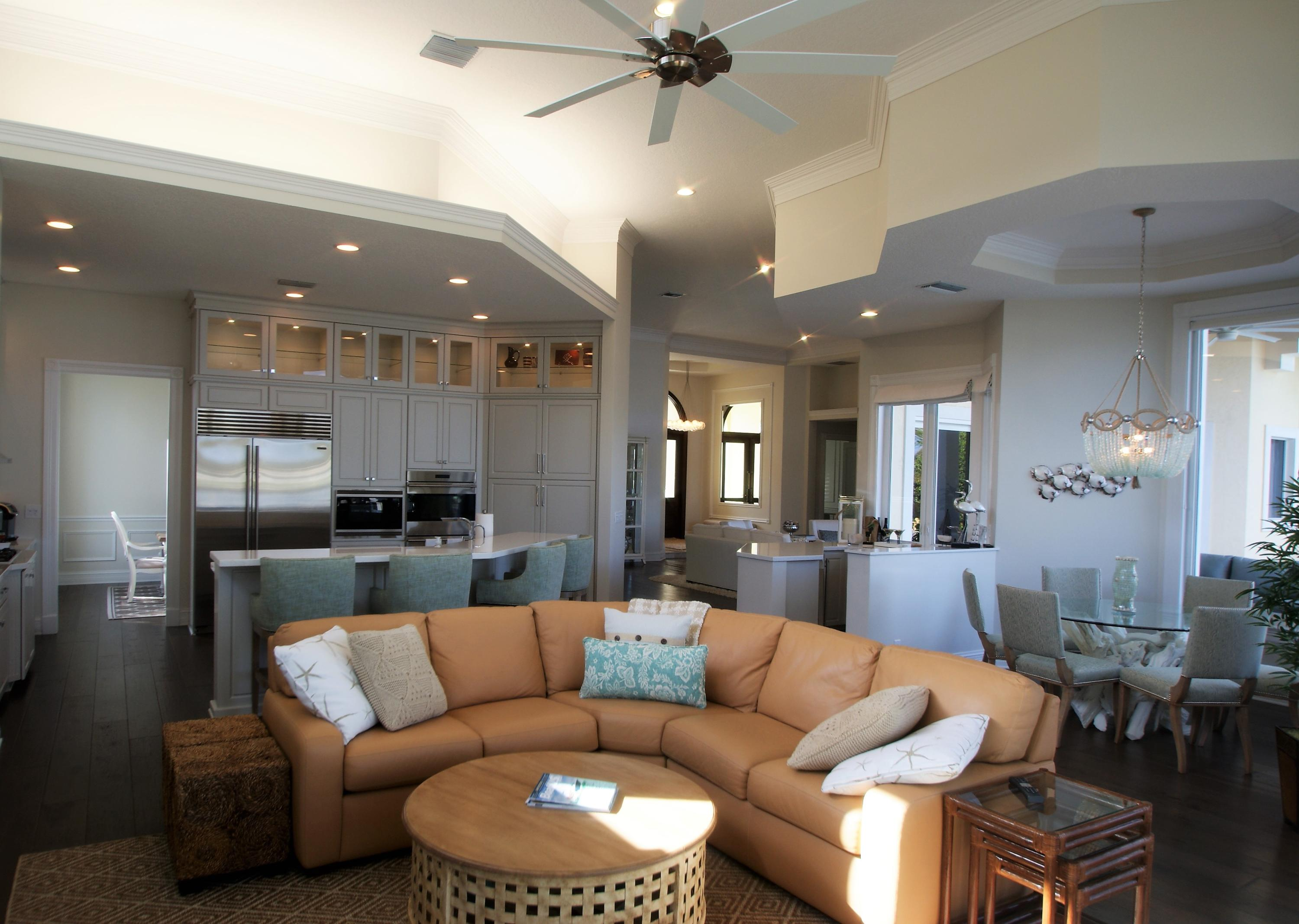 Click for 4 Eastwinds Circle  slideshow
