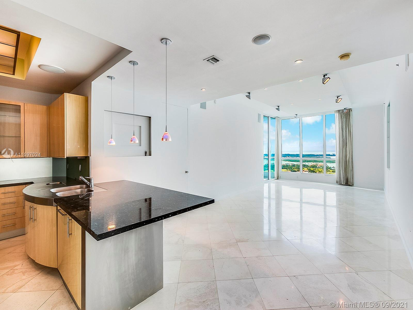 100 S Pointe Dr, Unit #3102 Luxury Real Estate