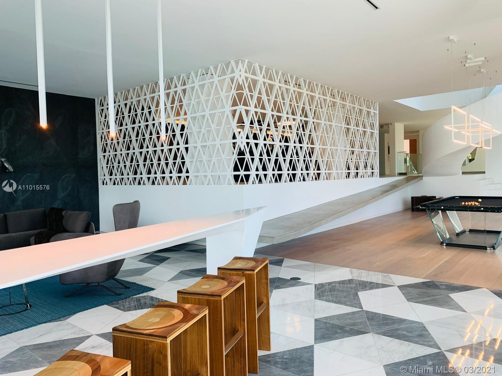 1201 N Venetian Way Luxury Real Estate