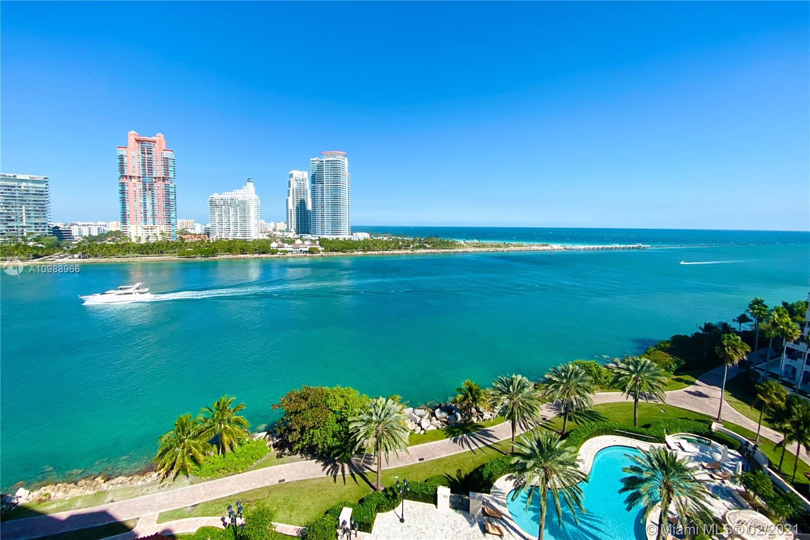 7192 Fisher Island Dr, Unit #7192 Luxury Real Estate