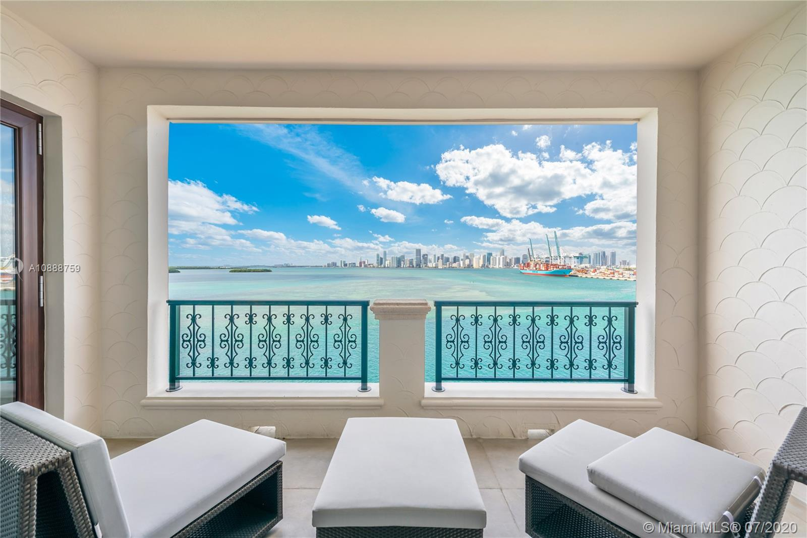 5282 Fisher Island Dr, Unit #5282 Luxury Real Estate
