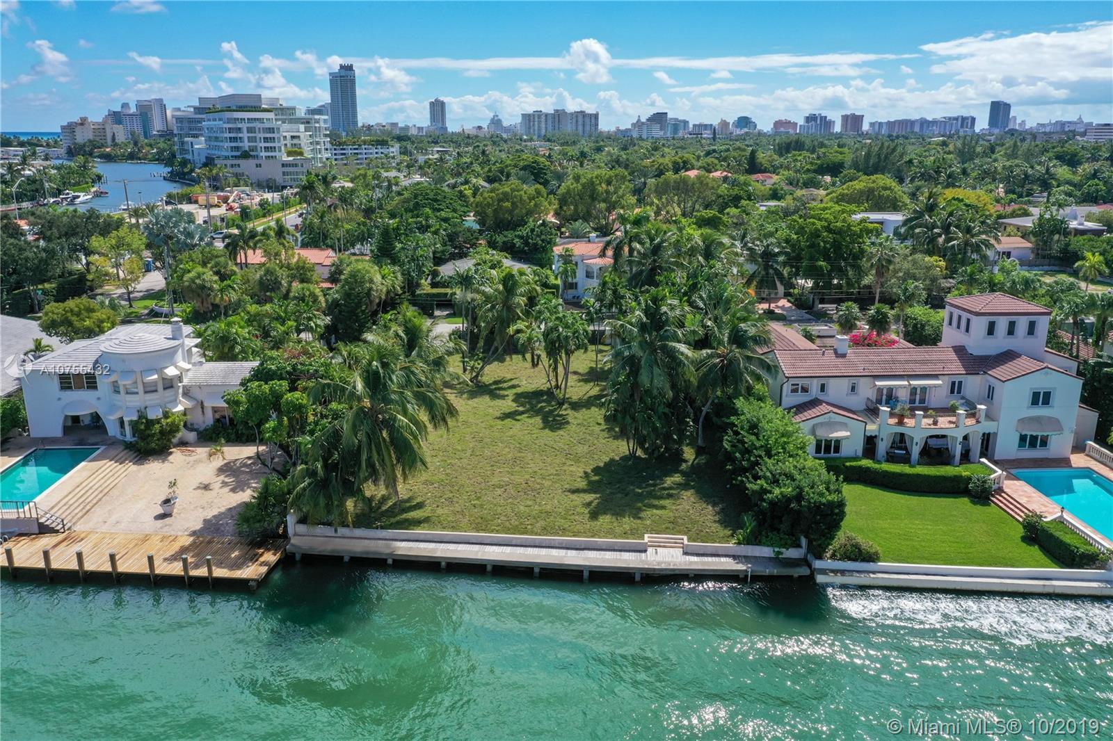 4766 N Bay Rd Luxury Real Estate