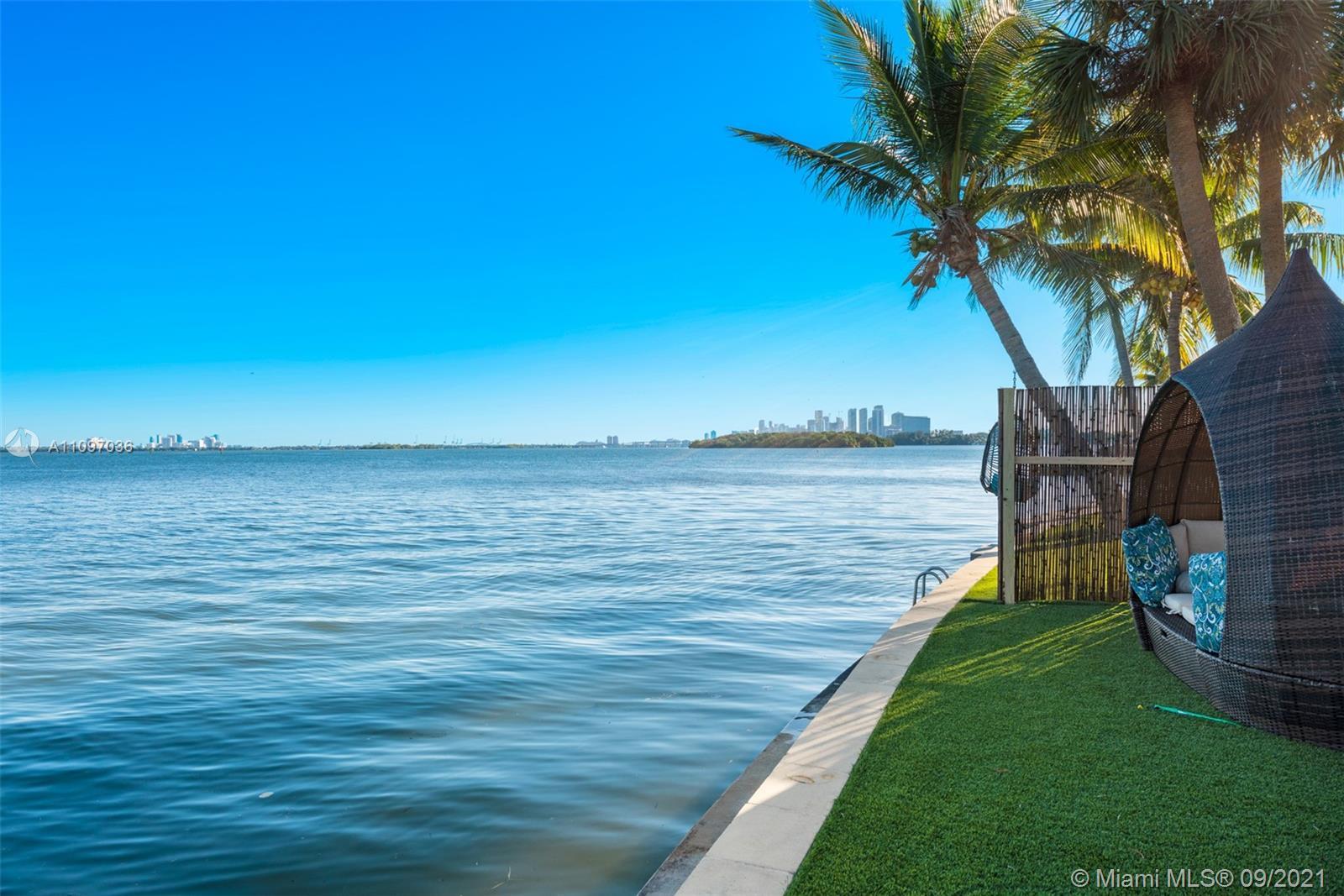 7301 Belle Meade Island Dr Luxury Real Estate
