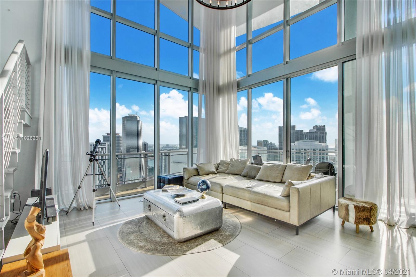 90 SW 3rd St, Unit #PH-5 Luxury Real Estate