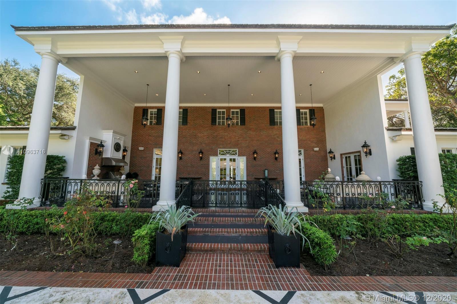 5325 Fairchild Way Luxury Real Estate