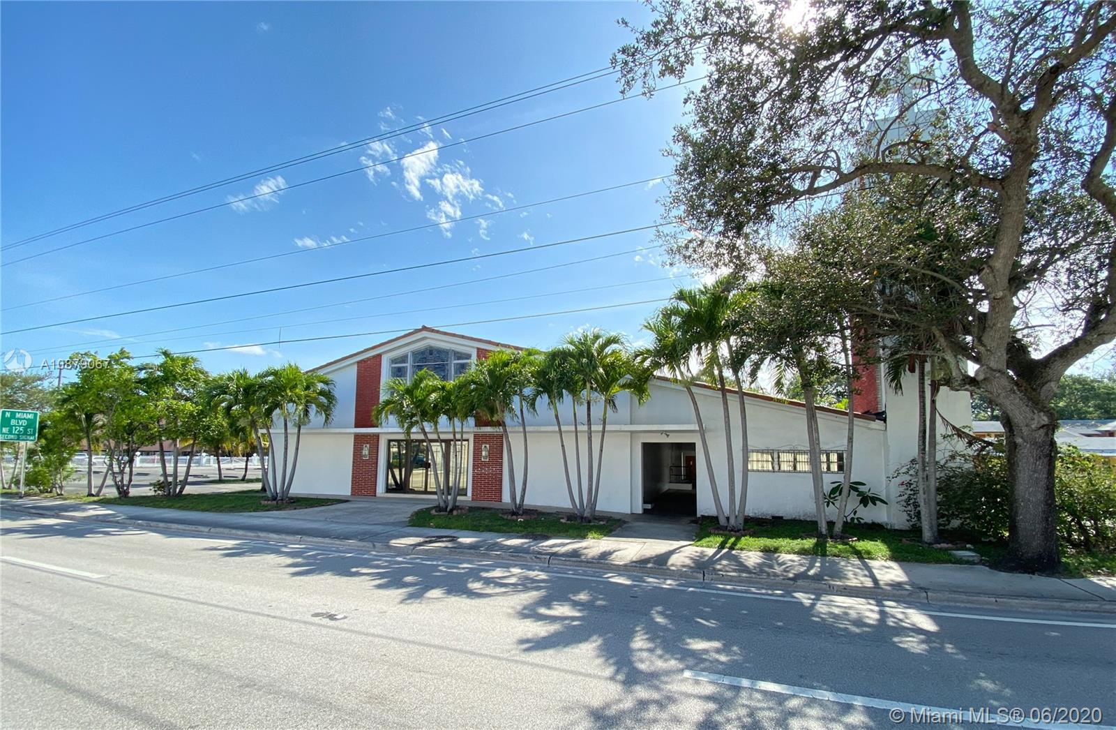 12830 NE 6th Ave Luxury Real Estate