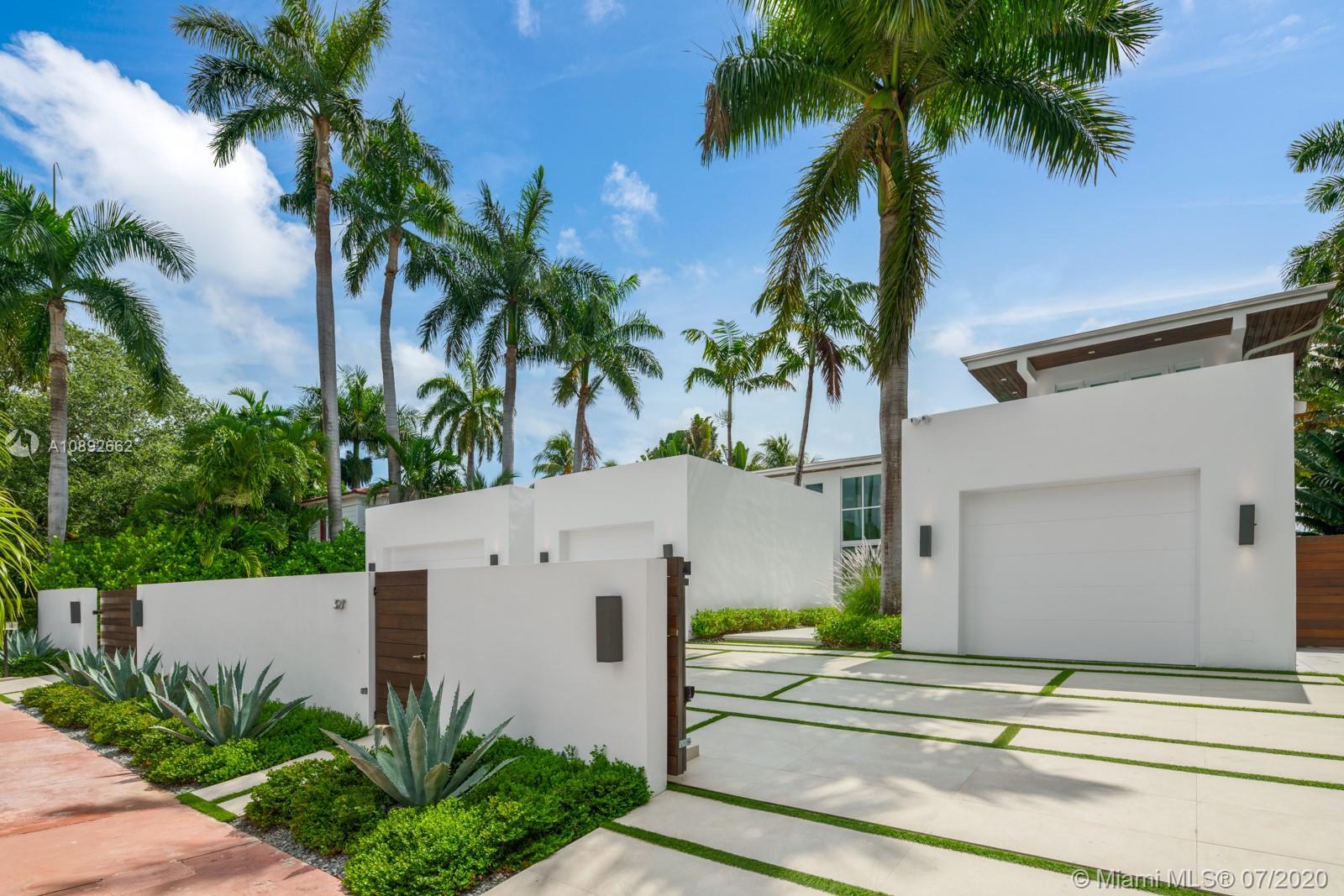 327 E Rivo Alto Dr Luxury Real Estate