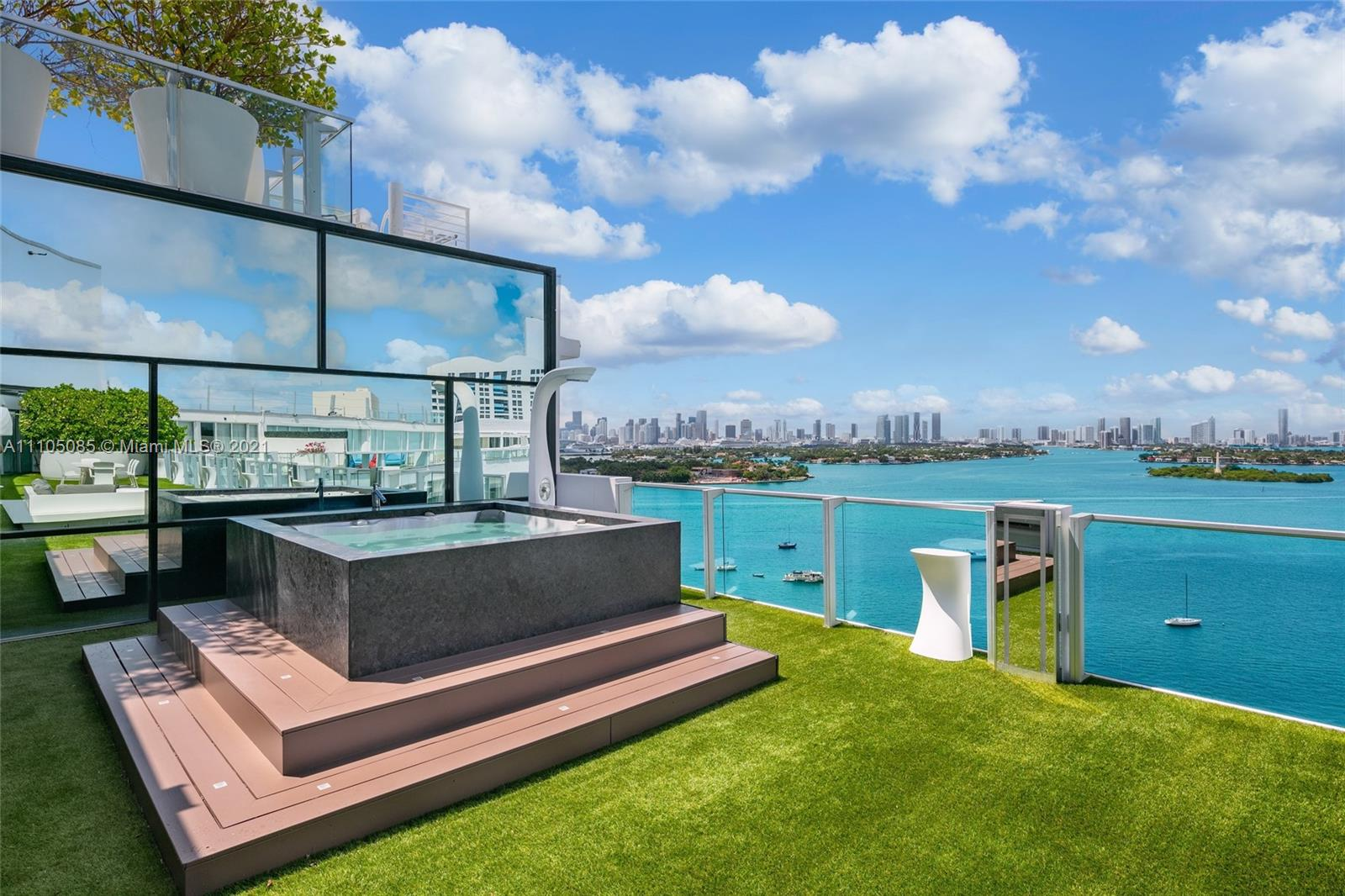 1100 West Ave, Unit #TS-2/3 Luxury Real Estate