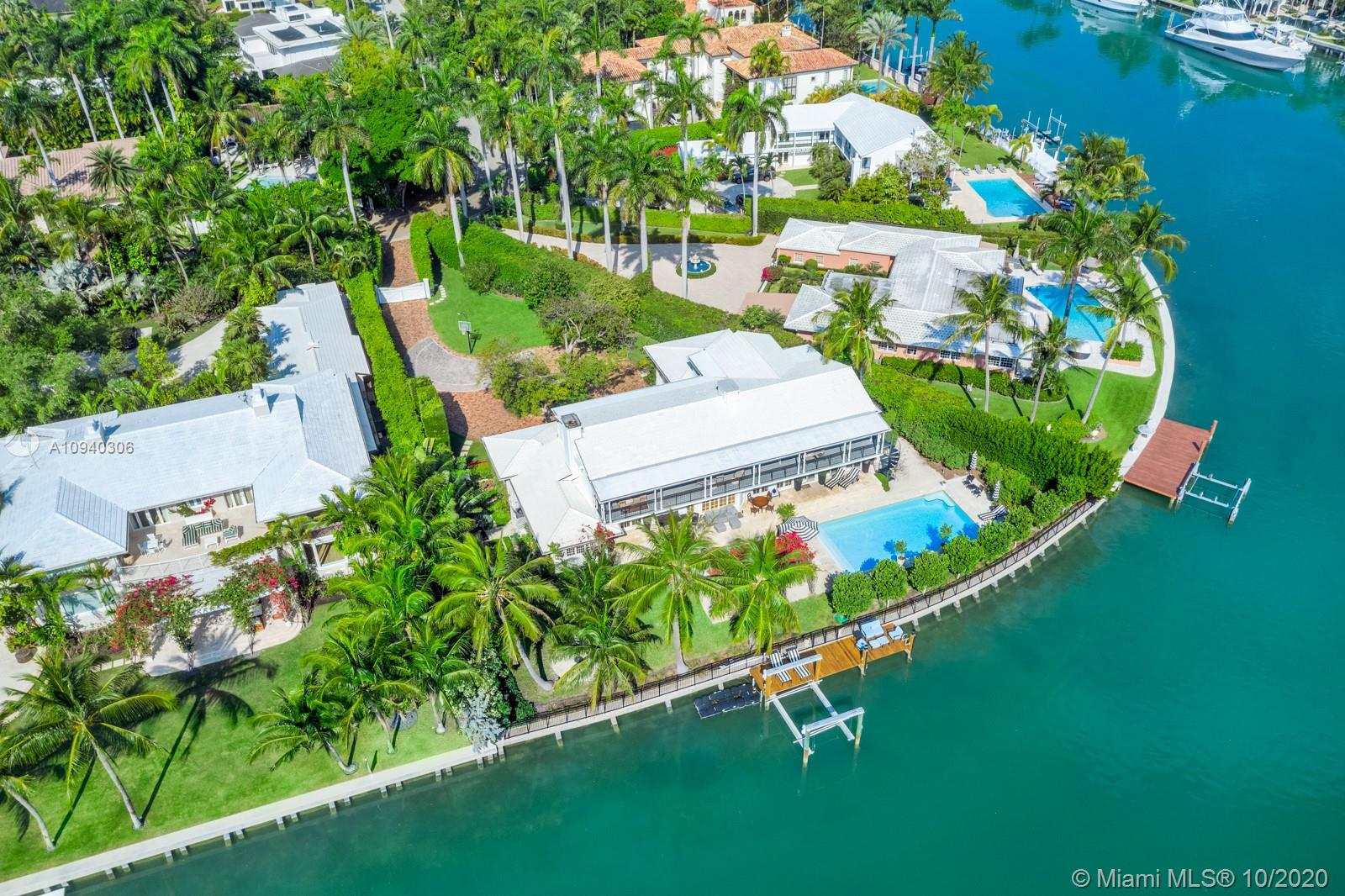 2569 Lake Ave Luxury Real Estate