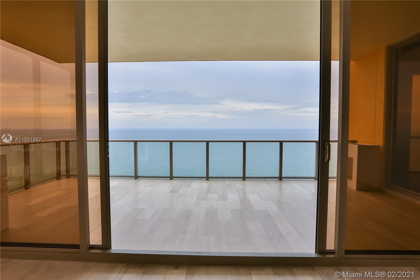 17749 Collins Ave, Unit #3101 Luxury Real Estate