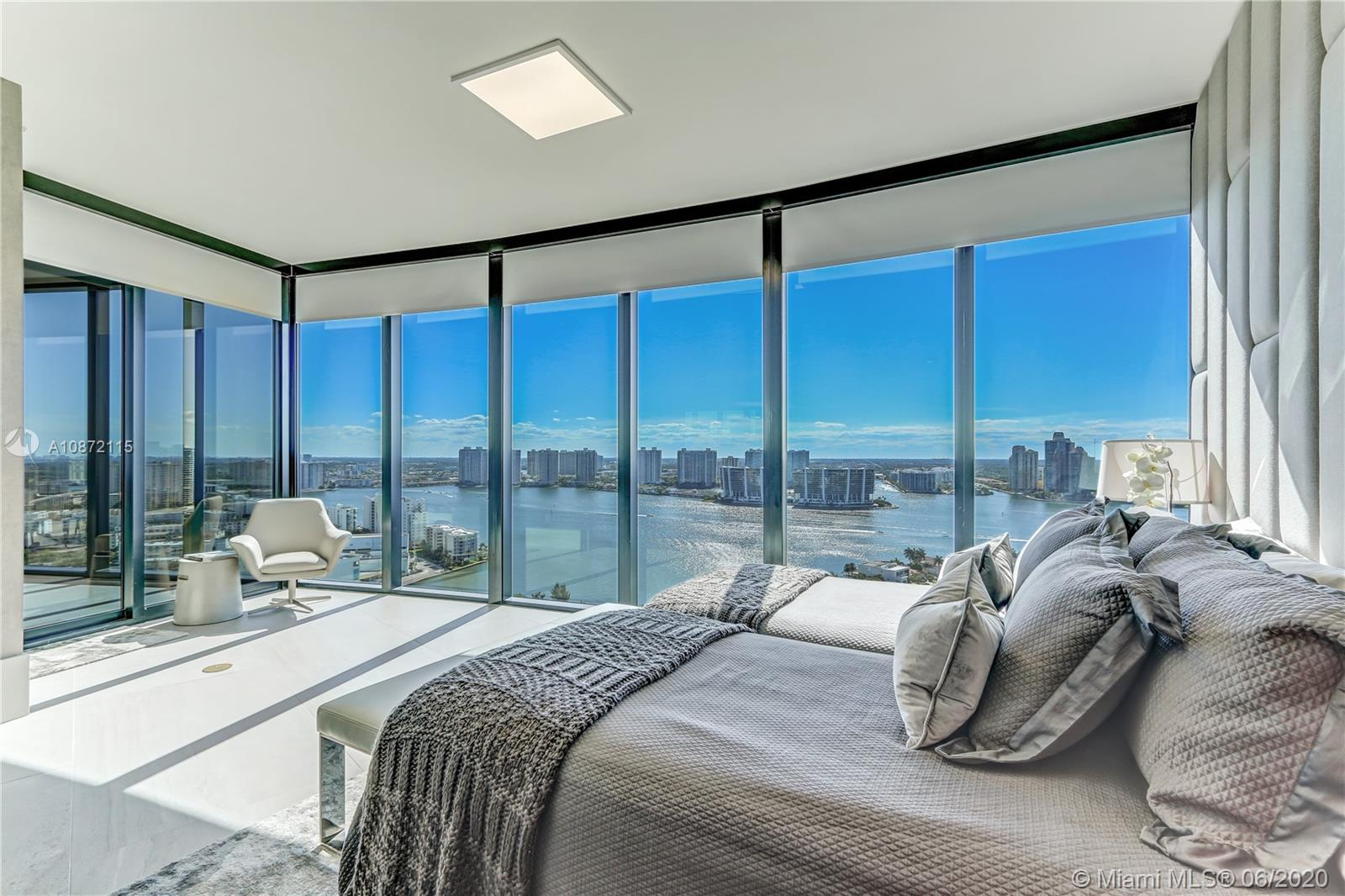 18555 Collins Ave, Unit #2503 Luxury Real Estate