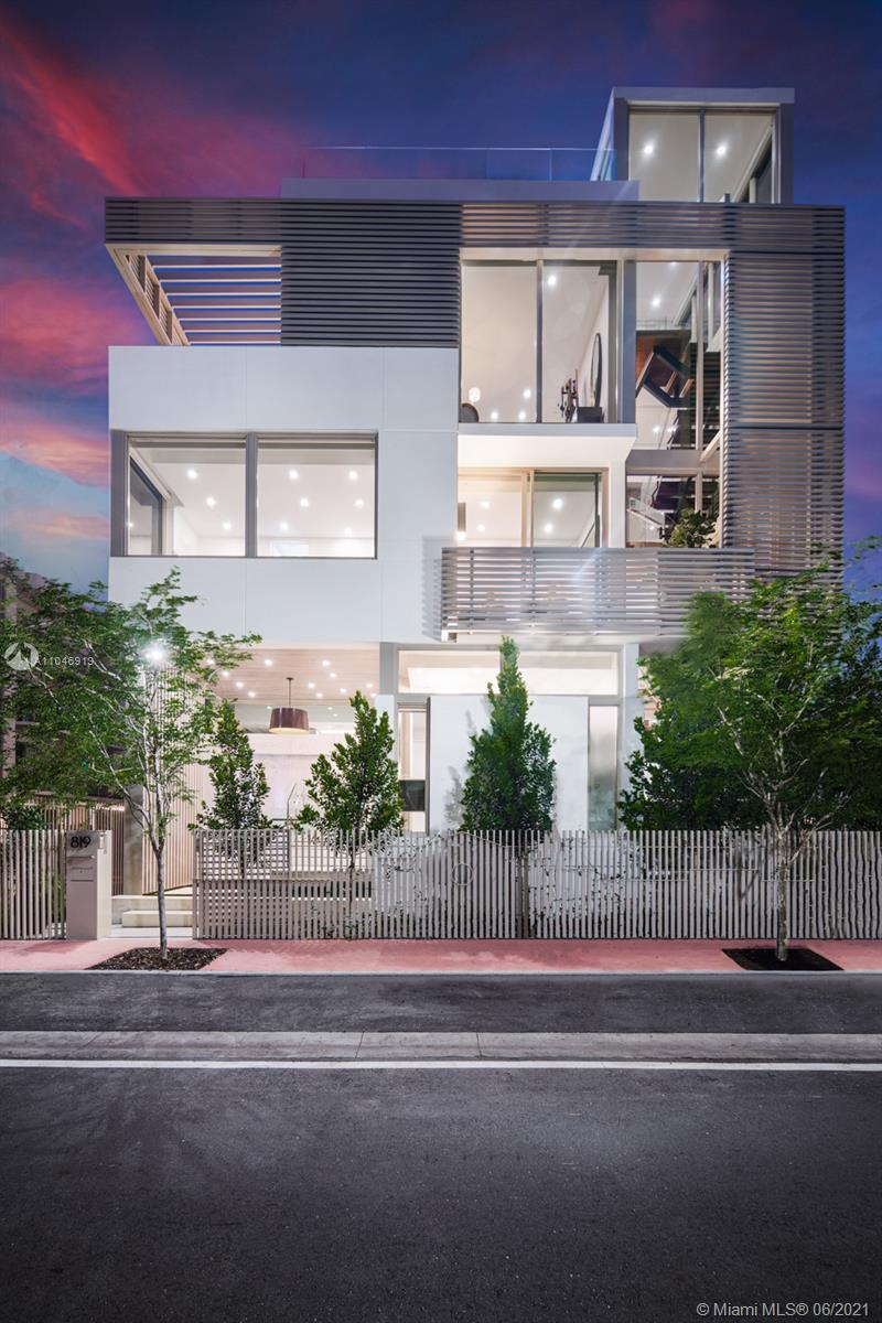 819 2nd St Luxury Real Estate