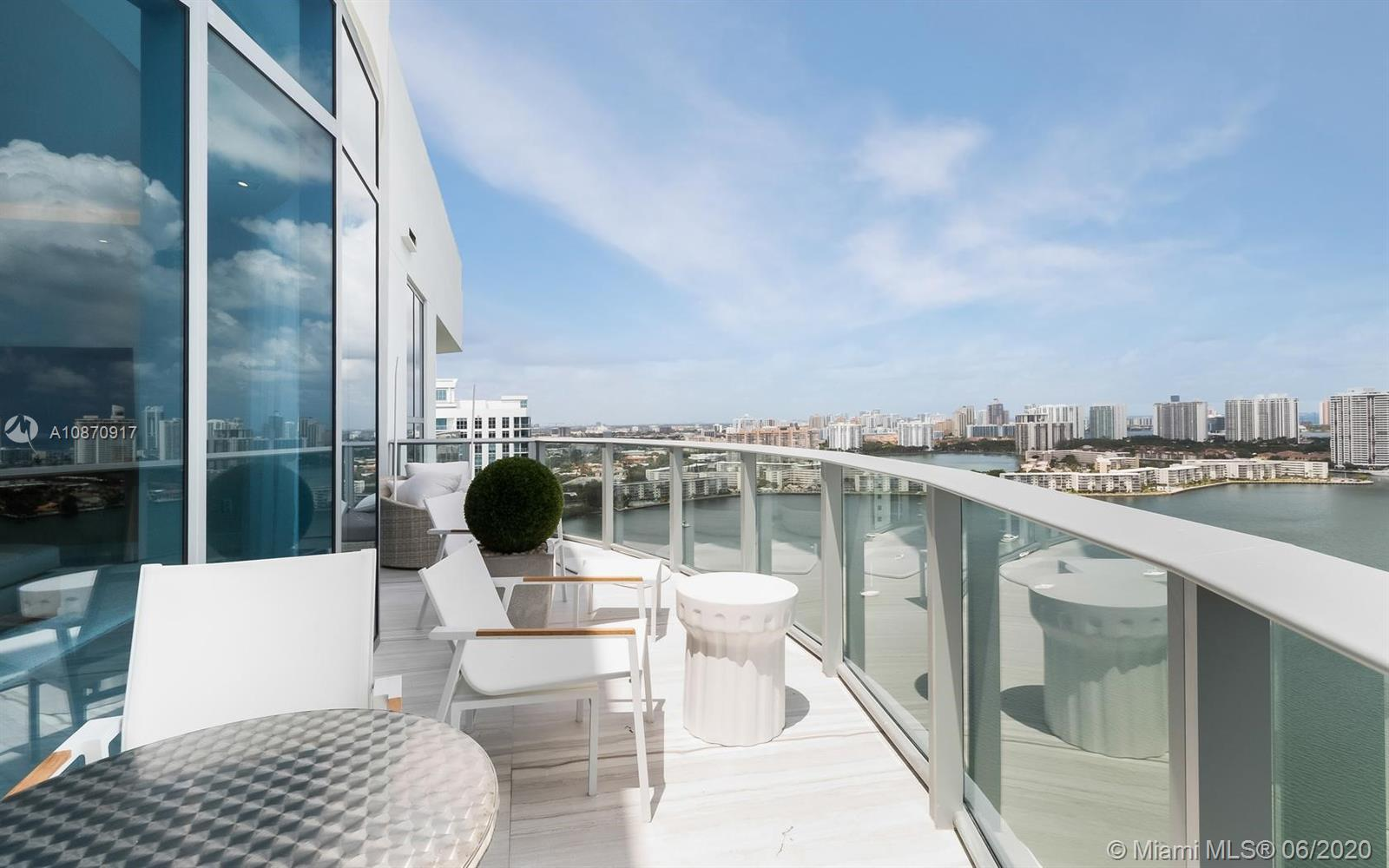 17111 Biscayne Blvd, Unit #PH8 Luxury Real Estate