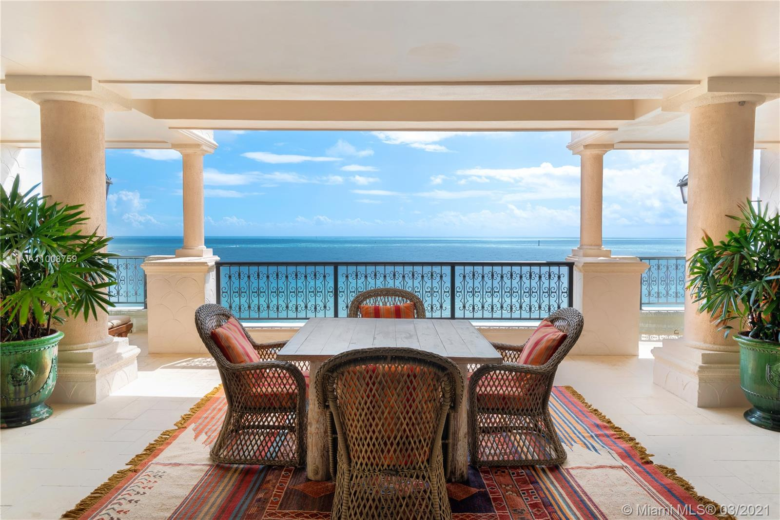 7882 Fisher Island Dr, Unit #7882 Luxury Real Estate