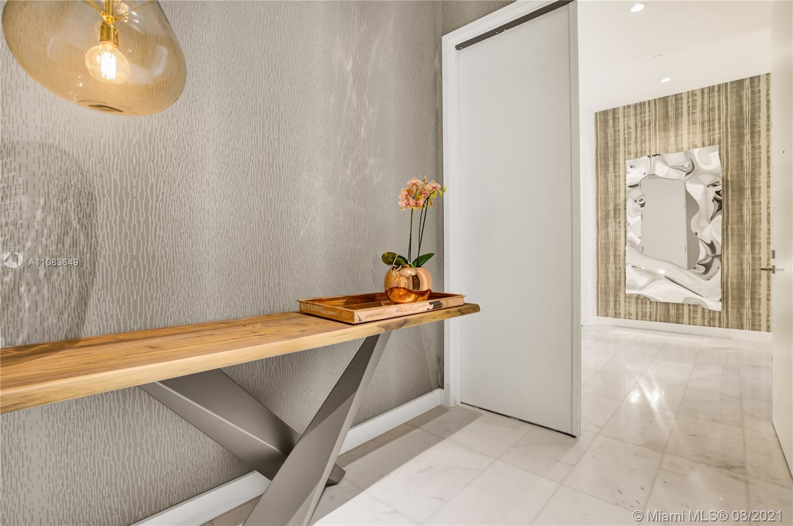 2821 S Bayshore Dr, Unit #16A Luxury Real Estate