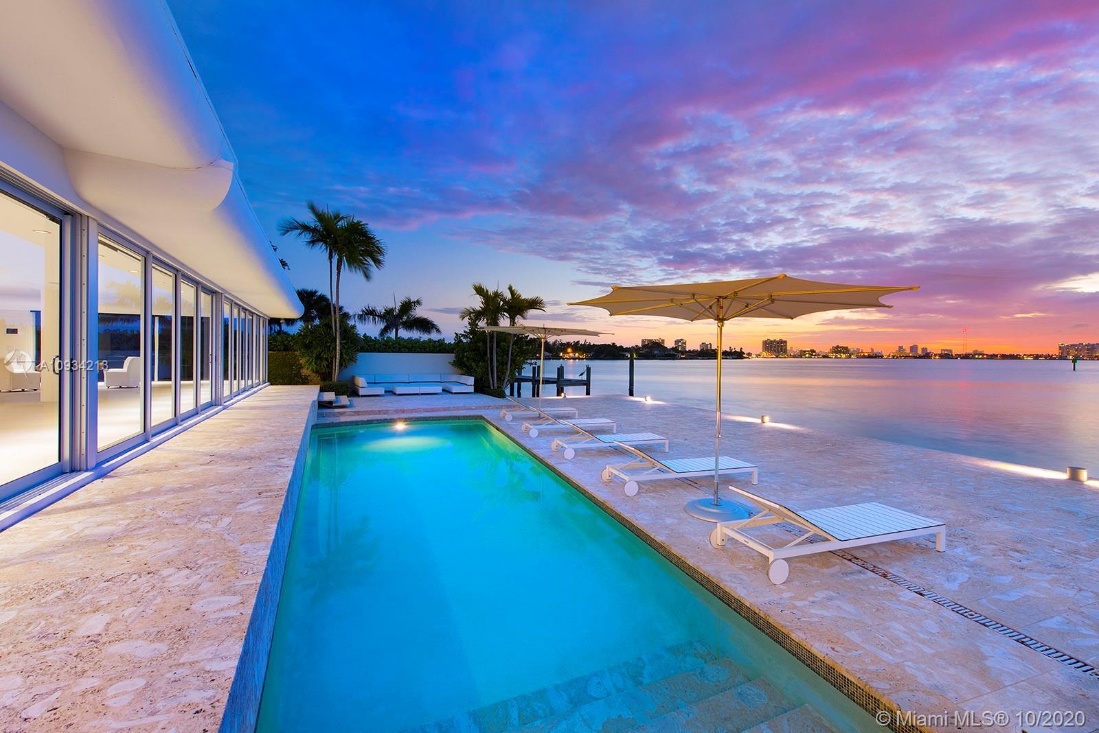 7936 Biscayne Point Cir Luxury Real Estate