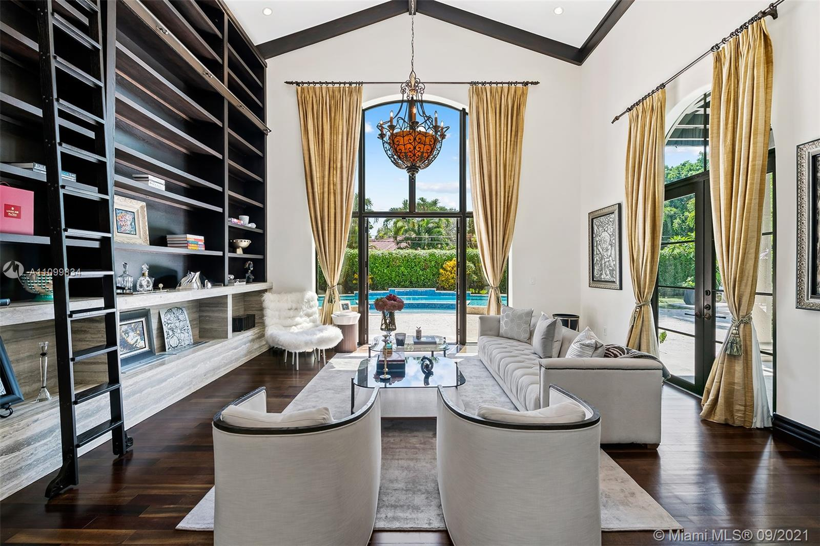 6710 SW 120th St Luxury Real Estate