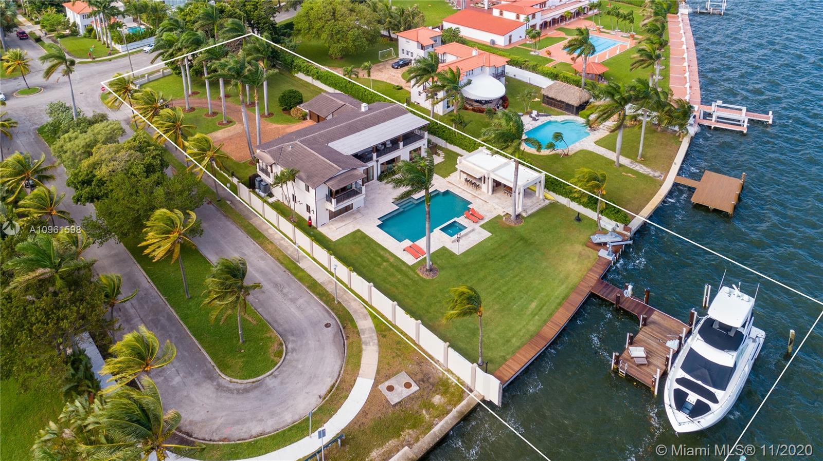 5901 N Bayshore Dr Luxury Real Estate