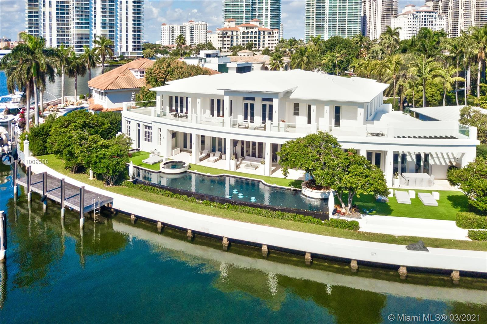 142 S Island Is Luxury Real Estate