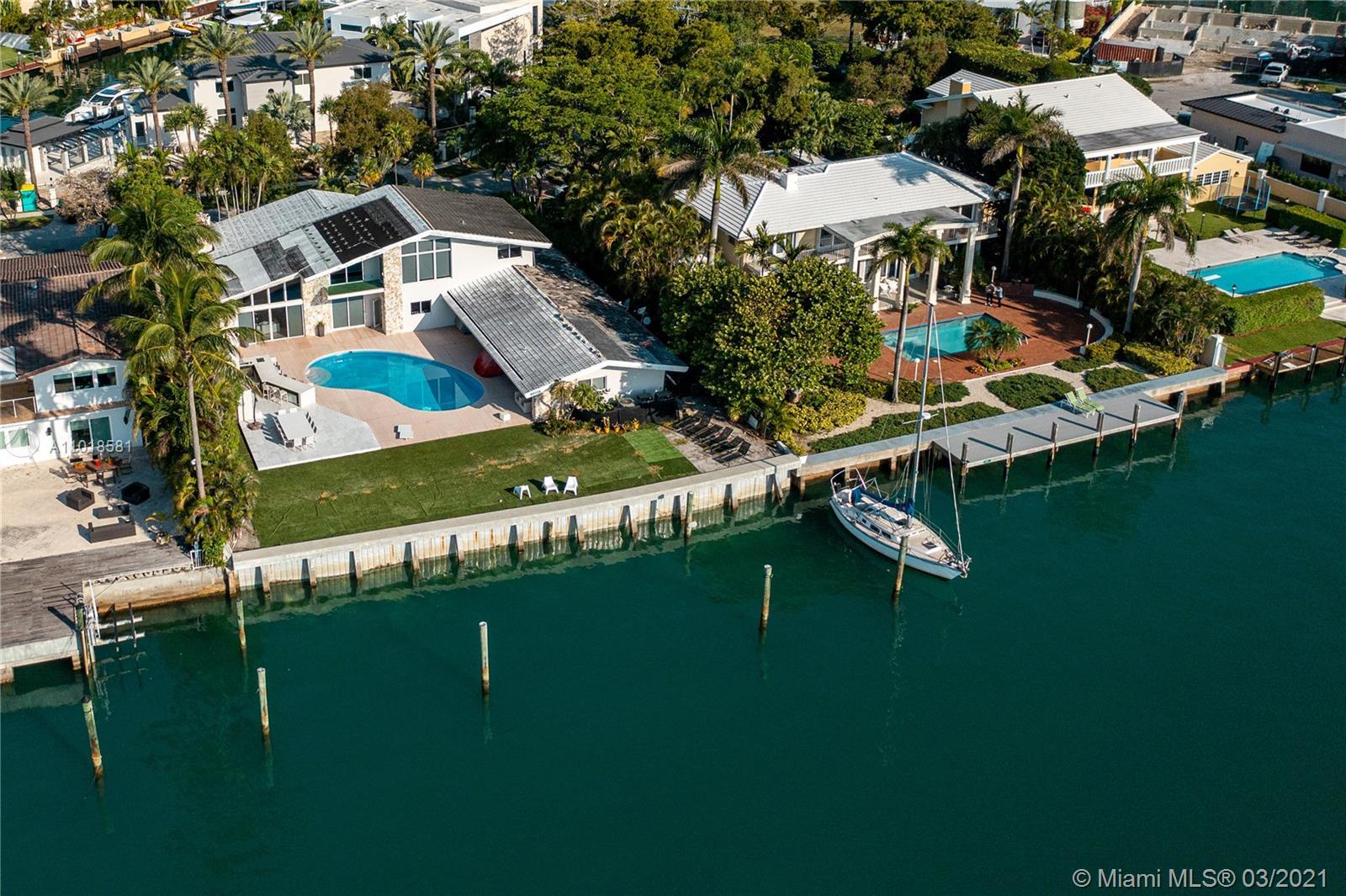 13255 Biscayne Bay Dr Luxury Real Estate
