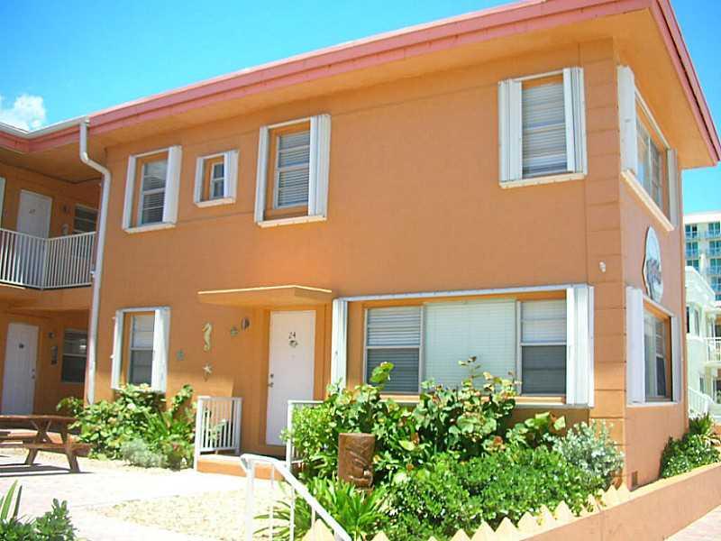 2325 N Surf Rd Luxury Real Estate