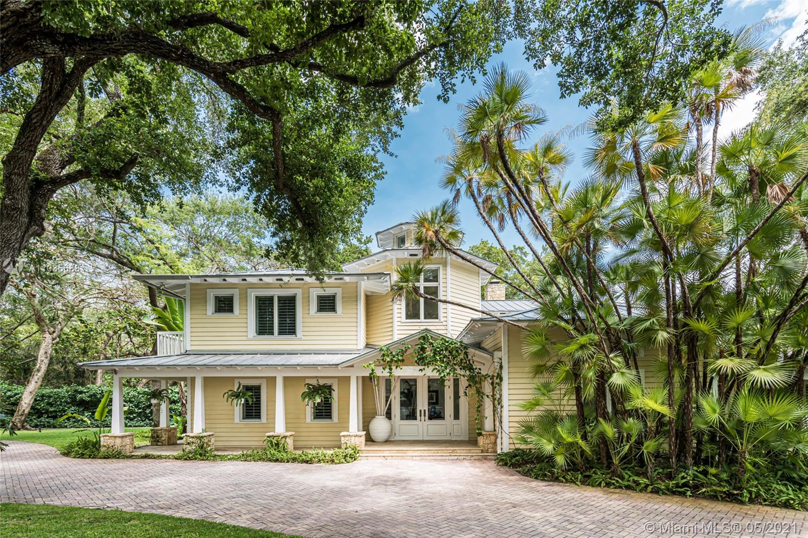 8005 SW 52nd Ave Luxury Real Estate