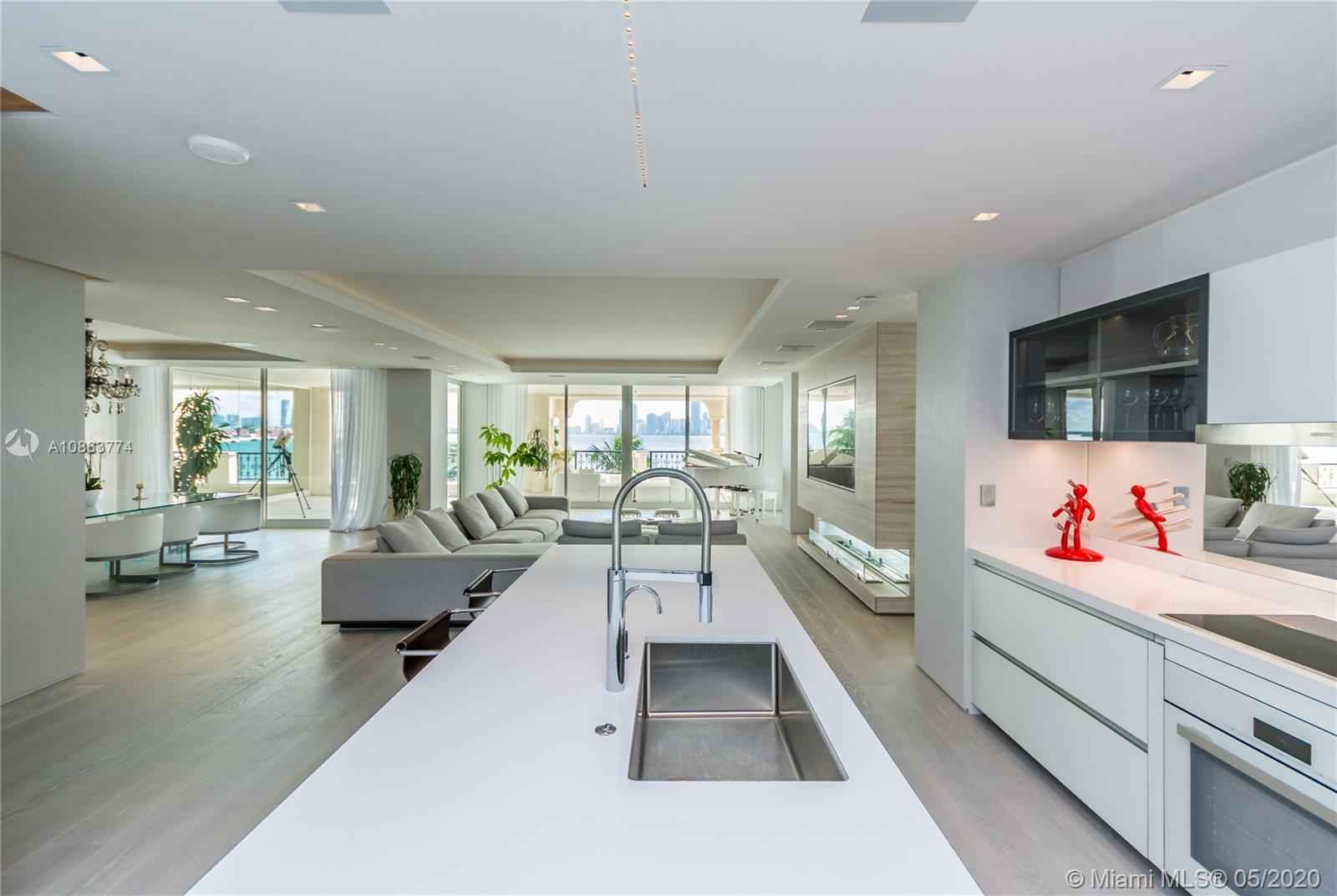 5234 Fisher Island Dr, Unit #5234 Luxury Real Estate