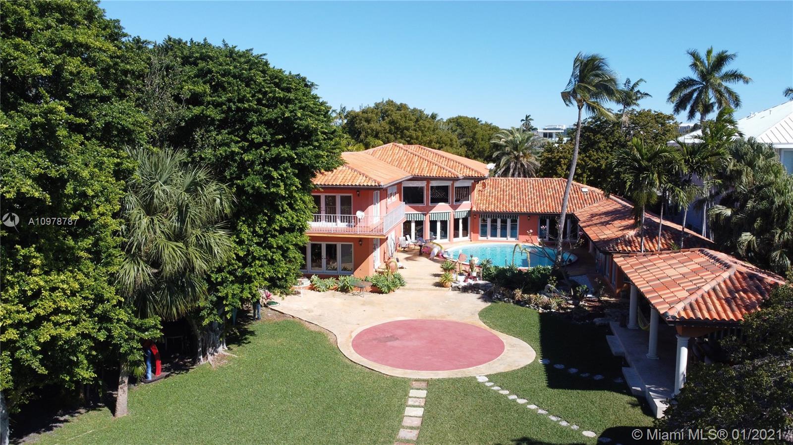 740 Harbor Dr Luxury Real Estate