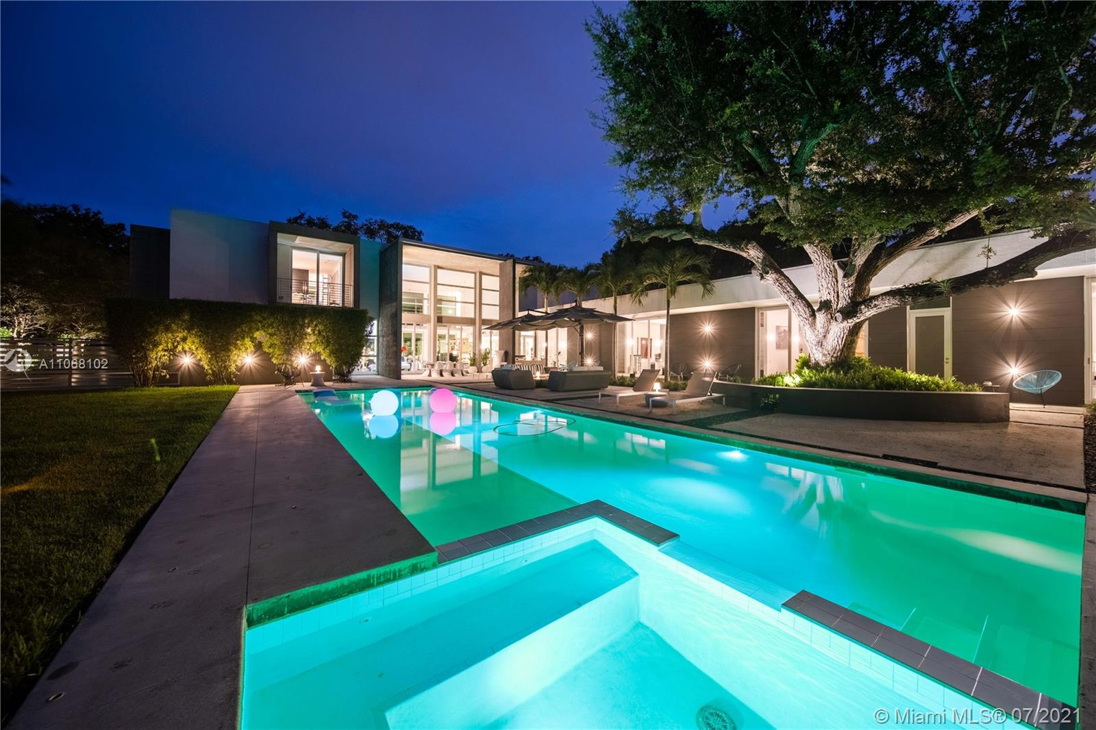 12625 SW 78th Ave Luxury Real Estate