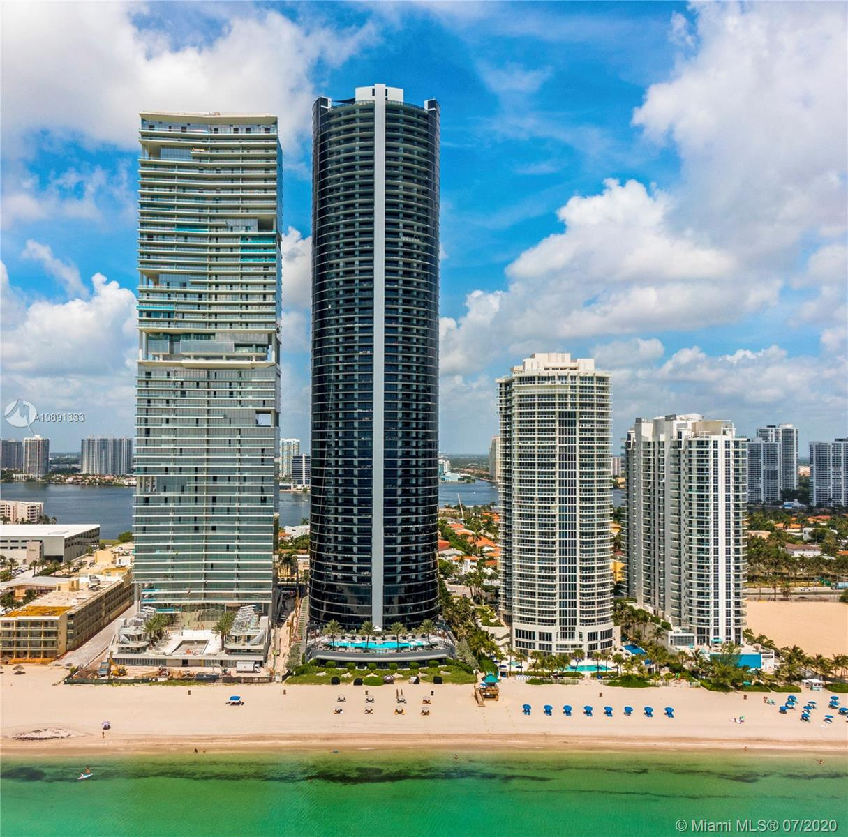 18555 Collins Ave, Unit #4405 Luxury Real Estate