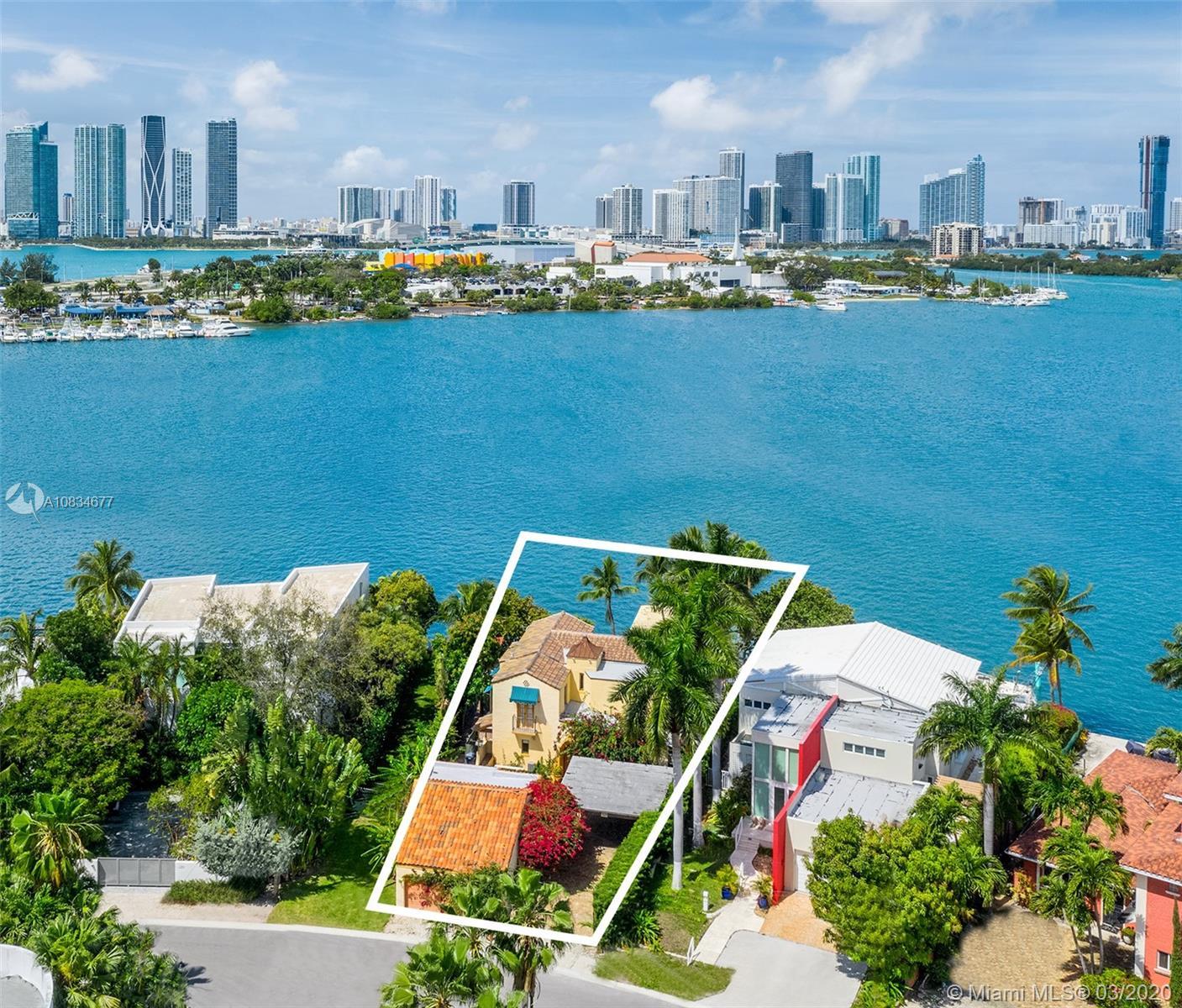 317 N Coconut Ln Luxury Real Estate