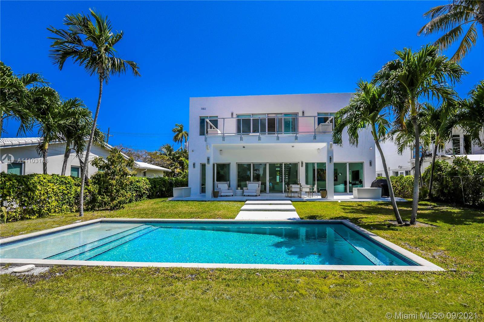 6050 La Gorce Dr Luxury Real Estate