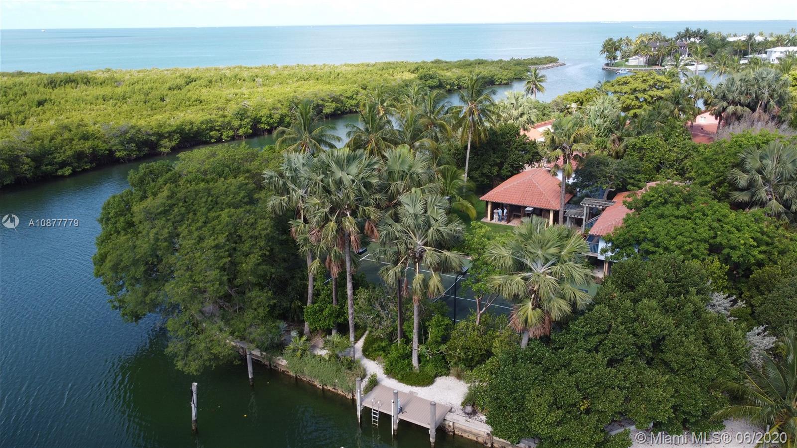 960 Harbor Luxury Real Estate