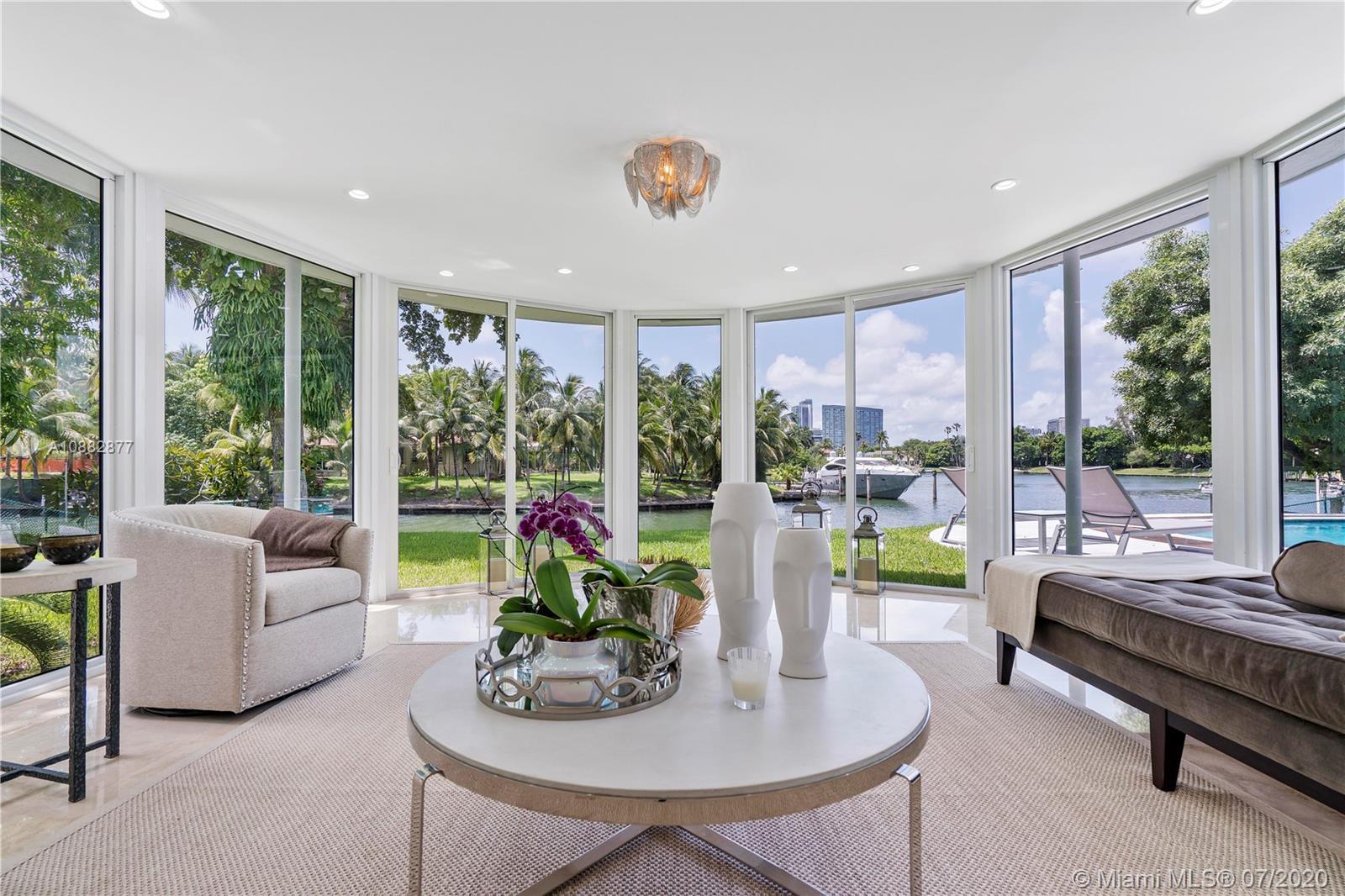4765 Lake Rd Luxury Real Estate