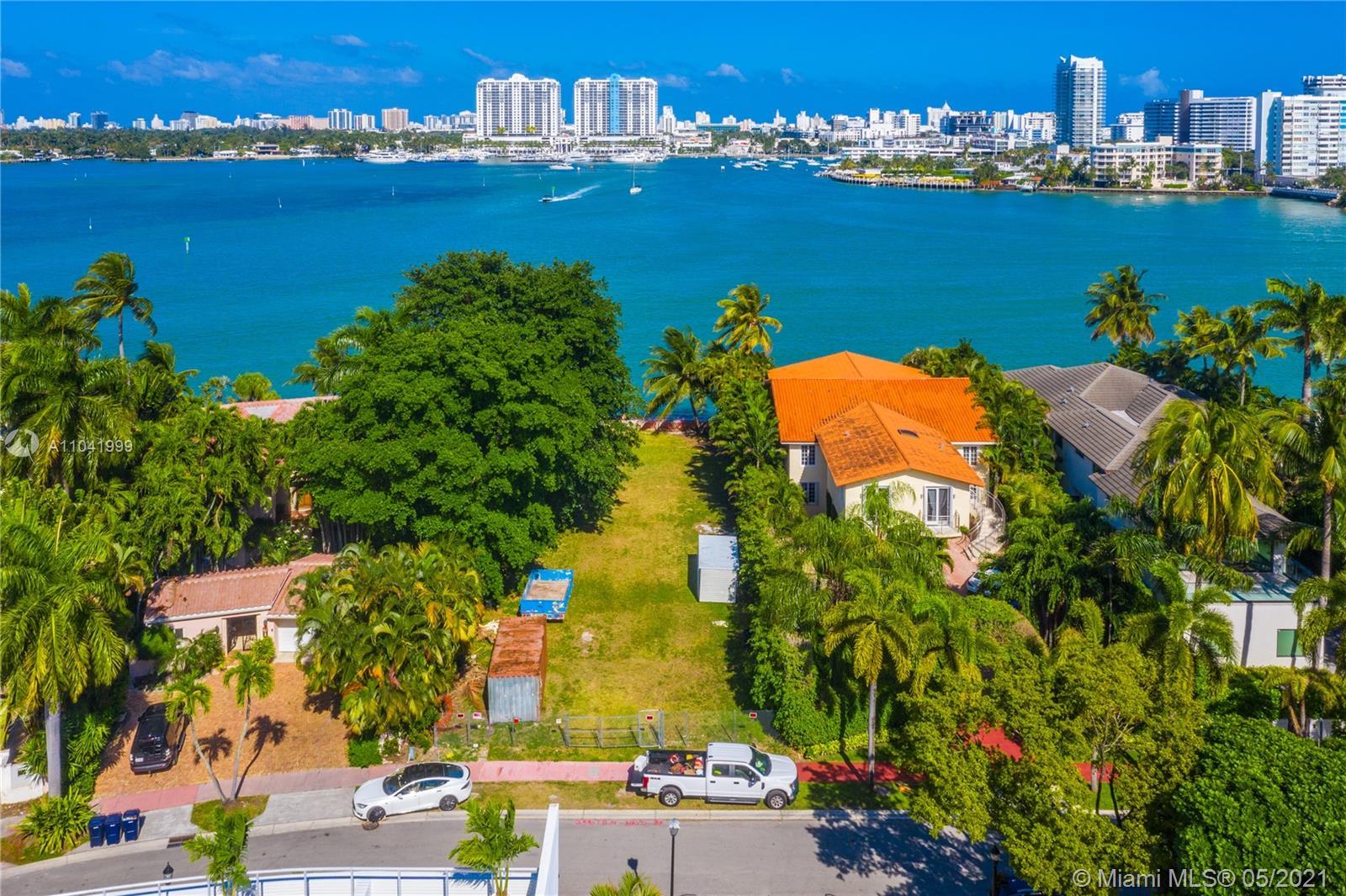 415 E Rivo Alto Dr Luxury Real Estate