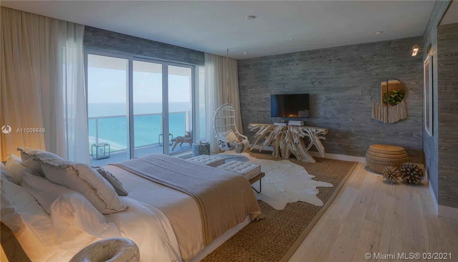 102 24th St, Unit #PH-1707 Luxury Real Estate